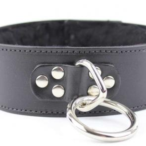 Black Leather Hasp Lock O-Ring Collar With Fur Lining
