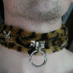 Furry Bondage Ring Collar Leopard
